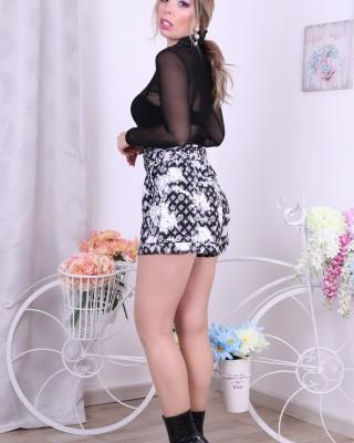 Ema Shorts