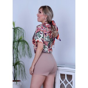 Short Caroline